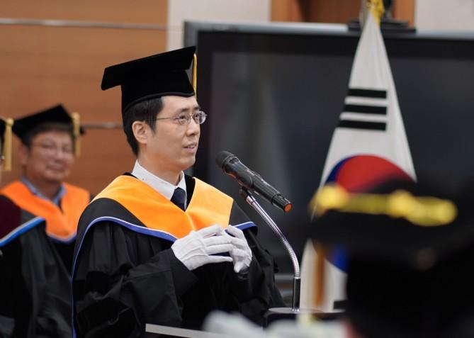김창순 교수님